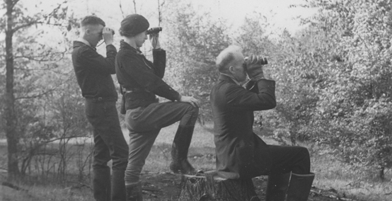 McIlwraith_Field_Naturalists_Members at Goldenwing Woods 1937_ONN